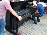 杭州高層沙發玻璃家具吊裝 杭州起重吊裝公司
