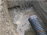 承包改水改电干零活