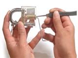 上海江桥开锁 换锁 匹配汽车钥匙 安装指纹密码锁