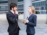 招聘驻国外助理 口语能力强